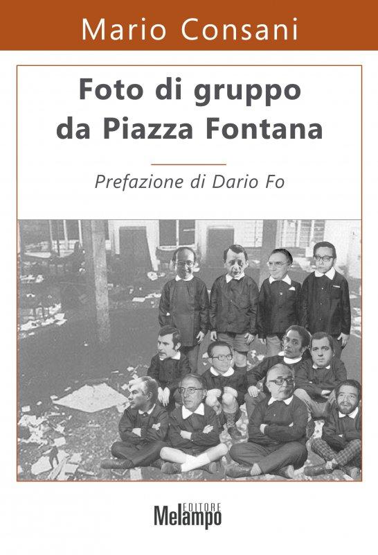 Foto di gruppo da Piazza Fontana